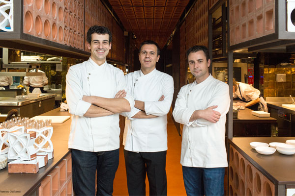 Disfrutar-chefs-kitchen